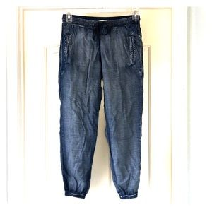 Cloth & Stone light weight jean joggers